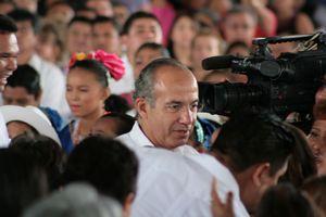 Felipe Calderón se despide en San José Tecoh