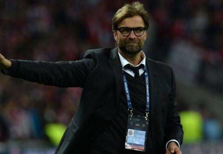 El alemán Jürgen Klopp (Imagen), exentrenador del Borussia Dortmund, habría tenido contacto con Guillermo Cantú para ser el nuevo director técnico de la Selección Mexicana, sin embargo, Klopp habría descartado la oferta. (Archivo AP)