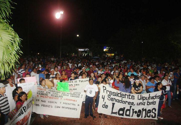 Continúa el movimiento magisterial contra la Reforma Educativa. (Rossy López/SIPSE)