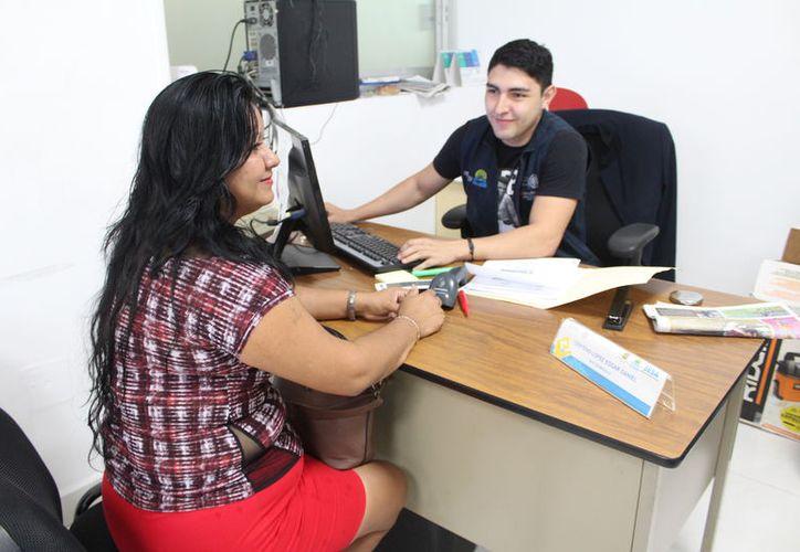 Con la afiliación al programa, la persona recibe el derecho a la atención e insumos médicos gratuitos. (Joel Zamora/SIPSE)