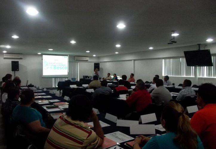En el curso  participaron empresarios y directivos de  Veracruz, Tabasco, Campeche, Yucatán y Quintana Roo. (Cortesía)
