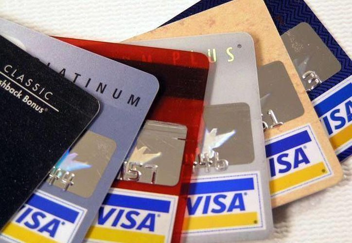 Un 40 por ciento de los fraudes bancarios están relacionados con tarjetas de crédito. (Archivo/SIPSE)