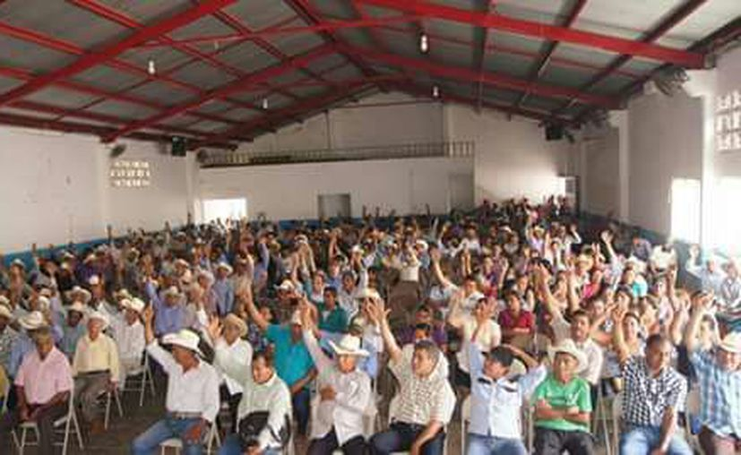 En una asamblea, decidieron ofrecer el predio. (Carlos Castillo/SIPSE)