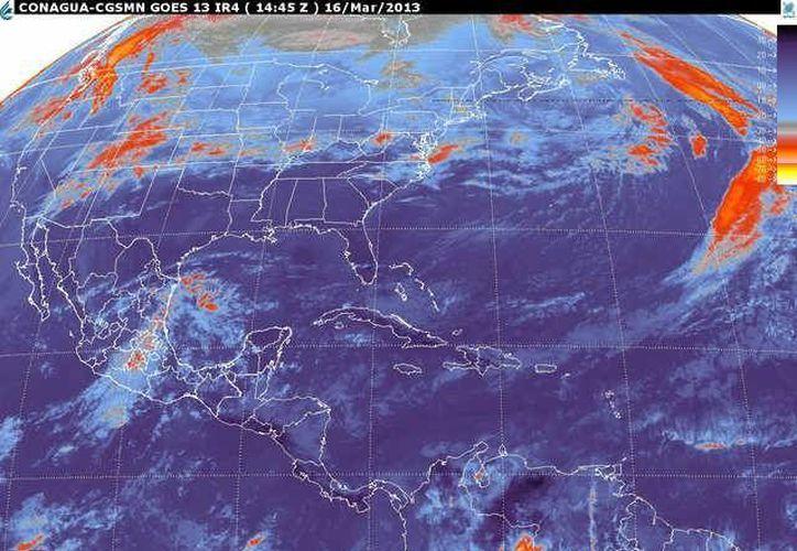 Soplarán vientos del norte y noreste de 30 a 50 km/h con rachas y oleaje de 1 a 2 m de altura. (smn.cna.gob.mx)