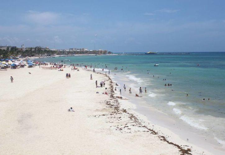 En el año 2015 se propuso que los arenales de Playa del Carmen fueran los segundos de Q. Roo en estar libres de cigarros. (Daniel Pacheco/SIPSE)
