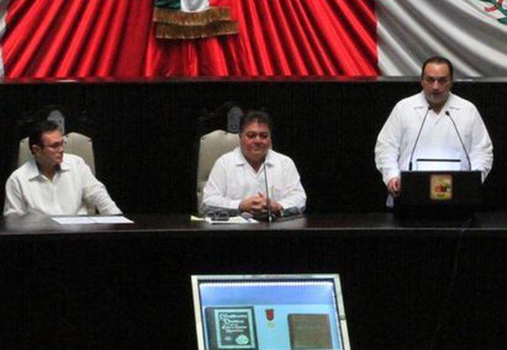 'La exigencia de la gente es la rendición de cuentas' (Ángel Castilla/ SIPSE)