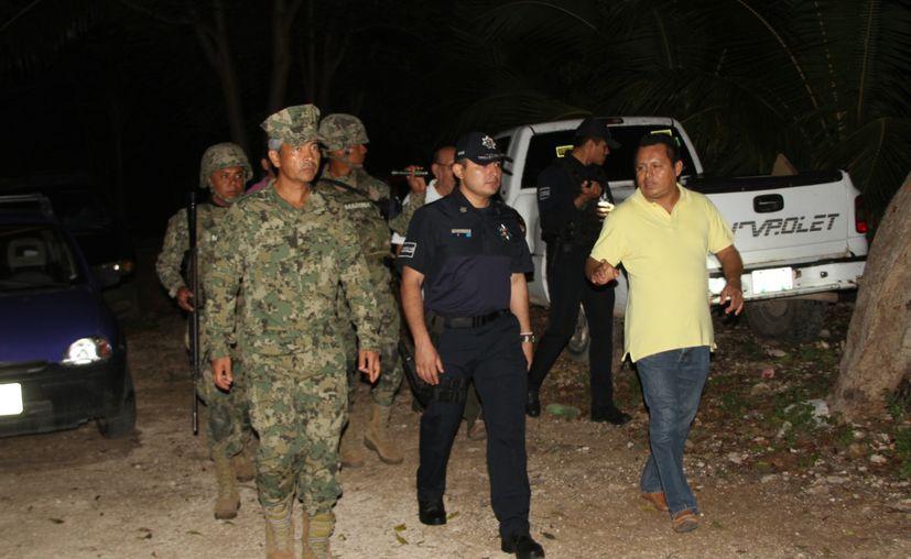 Autoridades militares y policíacas respaldan la decisión de los pobladores. (Carlos Castillo/SIPSE)