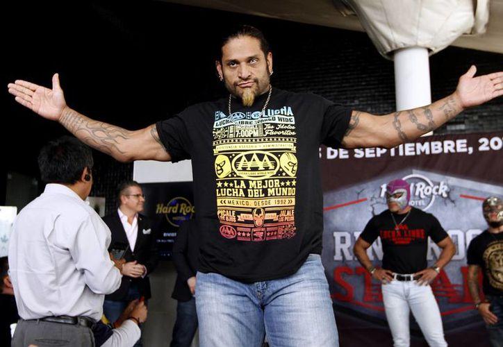 Cibernético se dijo listo para aparecer en la Lucha Libre Elite, pues este domingo debuta en la Arena México. (Notimex)