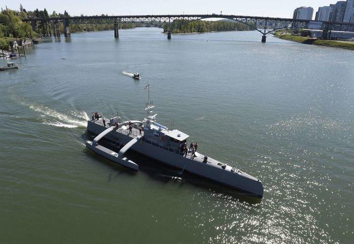El proyecto del Sea Hunter arrancó en 2010 y hace un par de años se comenzó a trabajar en el prototipo que ahora se ha completado. (wikipedia.org)