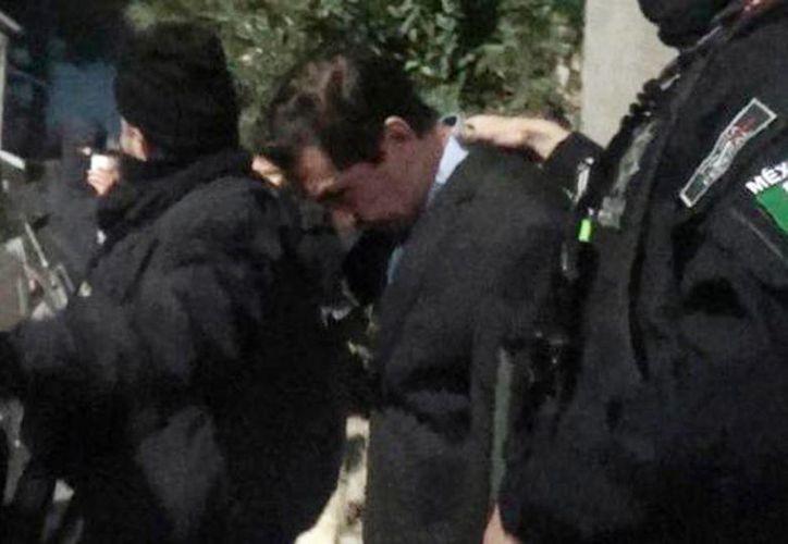 Imagen de José Luis Abarca al momento de su detención en una casa de la Ciudad de México. (Milenio)