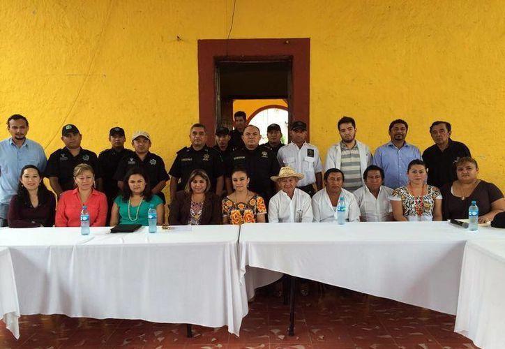 Alcaldes y jefes de Policía de varios municipios se reunieron ayer para coordinar sus acciones. (SIPSE)