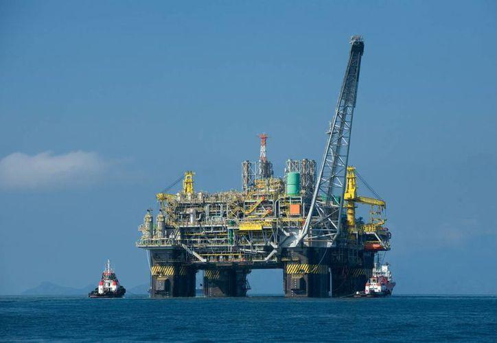 Con esta inversión, Pemex espera una producción de 35 mil barriles diarios. (Archivo/Notimex)