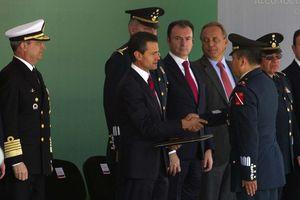Peña Nieto distingue labor de Fuerzas Armadas