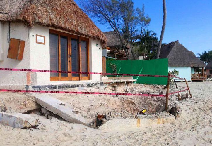 El hotel de Playa del Carmen, no podrá rentar las habitaciones hasta que se verifique la seguridad. (Foto: Daniel Pacheco)