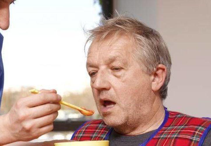 El olvido se puede confundir entre la pérdida de memoria originada por la edad y la que es producida por el Alzheimer. (Foto de contexto de SIPSE)