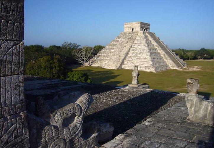 Quintana Roo capta 10 millones de turistas al año, y sólo una pequeña parte llega a Yucatán atraídos por las zona arqueológica de Chichen Itzá. (fervaltravel.com)