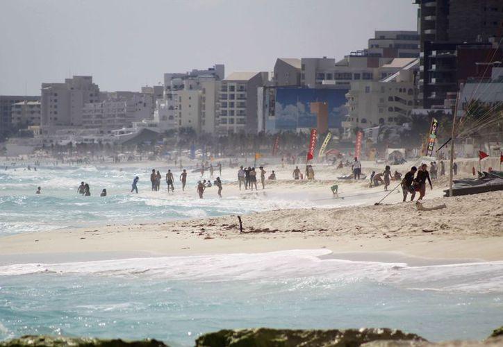 Continuarán trabajando en programas como el rescate y recuperación de playas. (Yvette Ycos/SIPSE)
