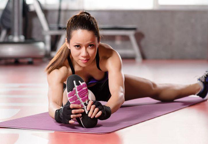 Según estudios, los estiramientos mejoran el flujo de sangre en los músculos. (Internet)