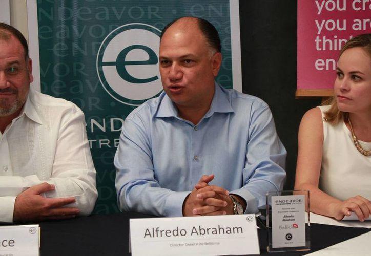 Alfredo Abraham Azar se convierte en el primer empresario yucateco en recibir la distición Emprendedor Global de Alto Impacto Endeavor. (Jorge Acosta/Milenio Novedades)