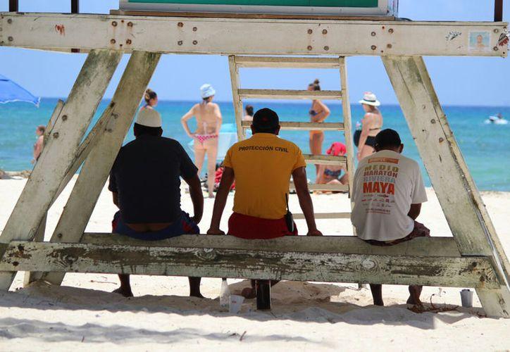 Se corre el riesgo de quemaduras de primer grado en la piel a causa de la exposición al sol de manera prolongada. (Dani Pacheco/SIPSE)