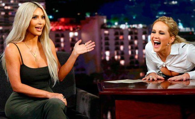 En la charla, la actriz confesó haberse puesto ebria junto a Kris Jenner, mientras tanto, Kim bebía té. (Foto: el Heraldo)