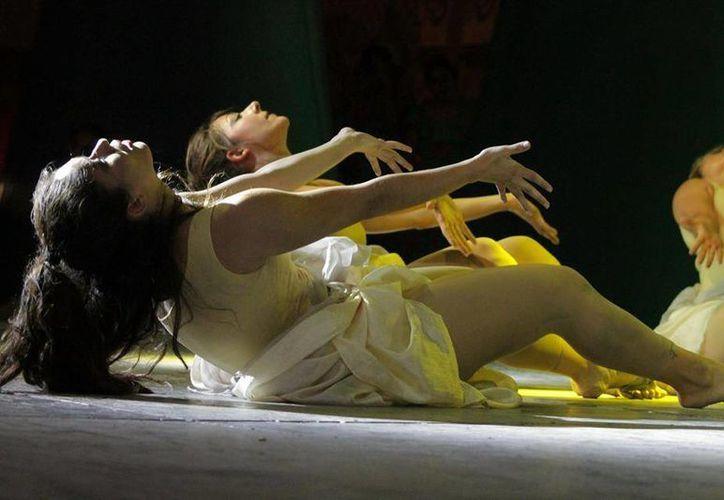 """El taller de danza Jazz Center presentará en Plaza Kukulcán """"¿Por qué bailas mujer?"""" (Lara Alfaro/SIPSE)"""