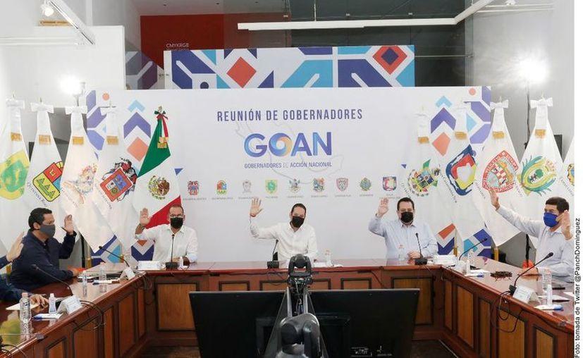Los Gobernadores de Acción Nacional durante su reunión de este sábado. (Agencia Reforma)