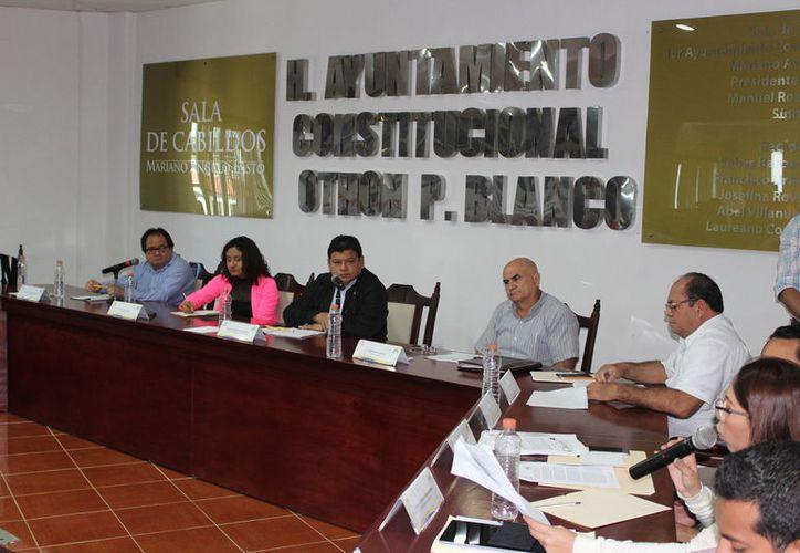 Regidores quieren descentralizar la autoridad y recaudación de la Secretaría General del Ayuntamiento de Othón P. Blanco. (Joel Zamora/SIPSE)