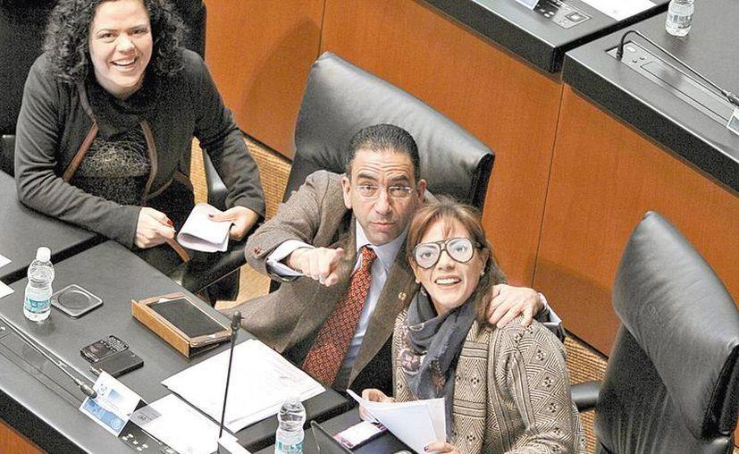 Los senadores Mariana Gómez del Campo, Javier Lozano y Luisa María Calderón. (Milenio)