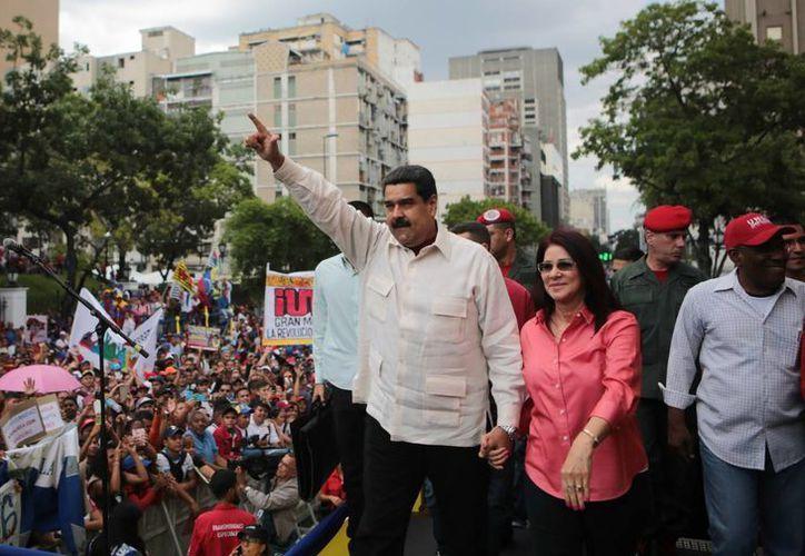 Maduro asegura que si va a Madrid muchos se acercarían a saludarlo y abrazarlo. (EFE)