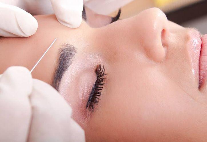 El uso de tratamientos estéticos y correctivos ha aumentado en México y varias compañías  para 2015 espera un avance de alrededor de 35 por ciento. (blogellas.com)
