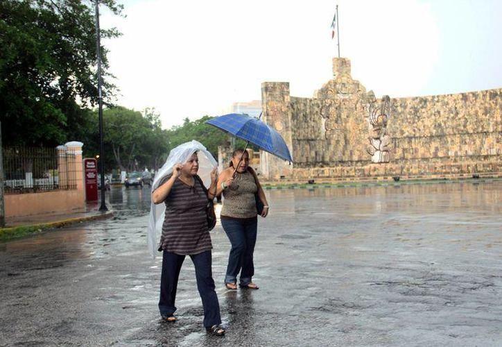 A pesar de la lluvia, las temperaturas serán cálidas al amanecer y calurosas a muy calurosas durante el día. (SIPSE)