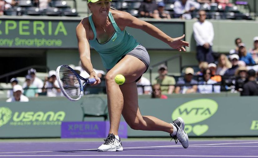 Ahora Sharapova disputará la final contra Roberta Vinci o Jelena Jankovic. (Agencias)