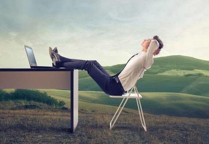 Trabajar sin tomar vacaciones puede traer graves problemas a la salud mental y física. (Foto: Concepto)