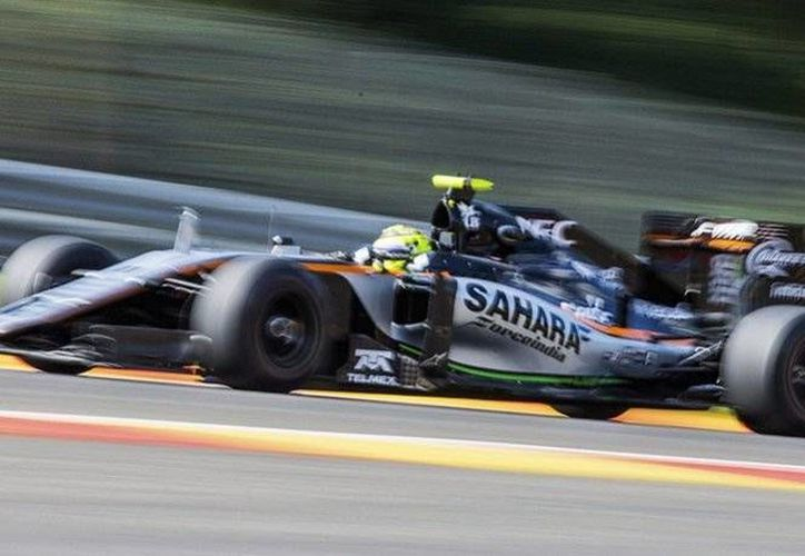 Sergio Pérez se posicionó sobre pilotos de la talla de Nico Rosberg, Kimi Räikkonen y Lewis Hamilton. (EFE)