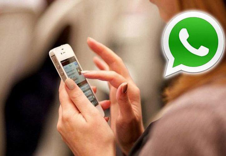 Son adictos las personas que son capaces de escribir 40 mensajes entre las diez de la noche y las dos de la madrugada. (Contexto/Internet)