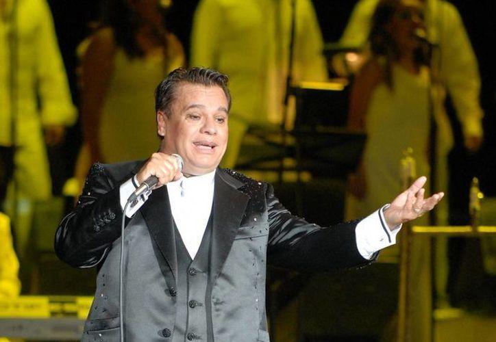El compositor y cantante mexicano Juan Gabriel es uno de los nominados al Pabellón de la Fama en Miami. (expresionesbc.com)