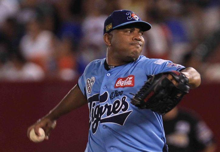 El pelotero cubano, dos veces consecutivas pitcher del año en lmb, será el único foráneo que repetirá. (Redacción/SIPSE)