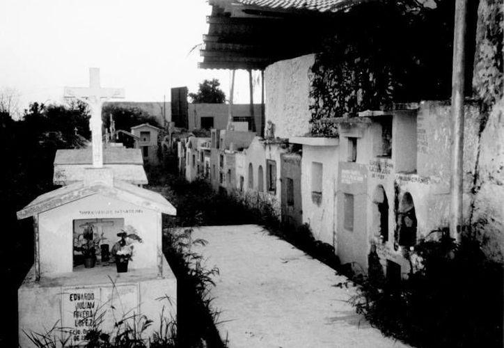 En Yucatán se presentaron dos casos de muertos que 'revivieron' sin que sus casos estuvieran relacionados con cuadros de epilepsia. (Jorge Moreno/SIPSE)