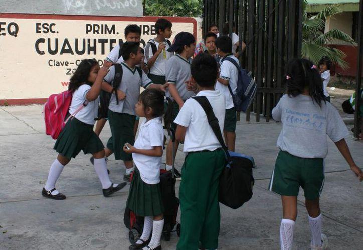 Cerca de 170 mil estudiantes de primaria vuelven a las aulas. (Tomás Álvarez/SIPSE)