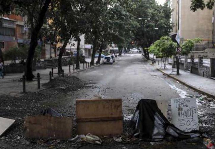 La demostración opositora fue convocada por 24 horas para insistir en el rechazo a la Constituyente de Maduro. (AFP).