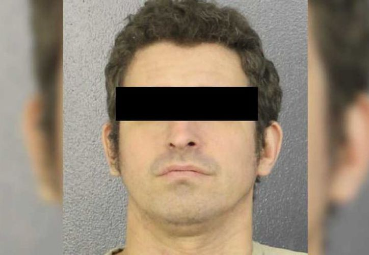 Marc Alan Berkowitz enfrenta cargos por asesinato premeditado tras matar el jueves a su esposa. (El Debate)