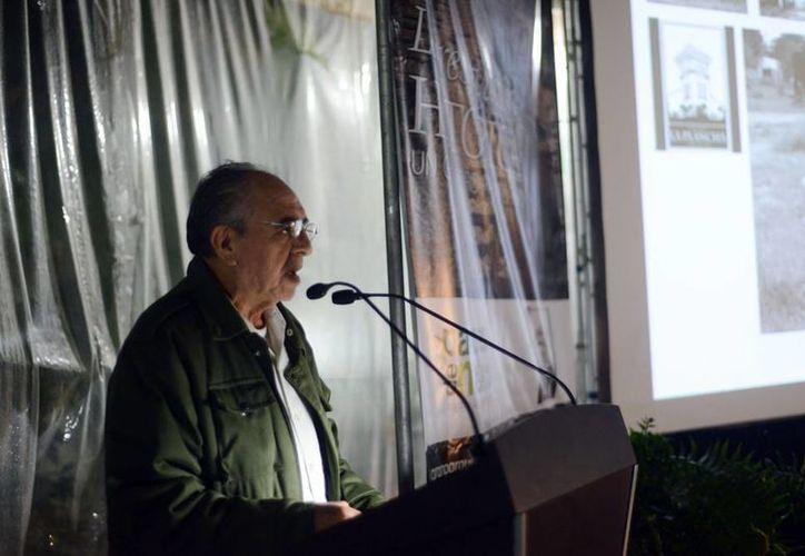 """Félix Rubio Villanueva, presidente de la asociación civil Gran Parque """"La Plancha"""", presentó la propuesta ciudadana. (Milenio Novedades)"""