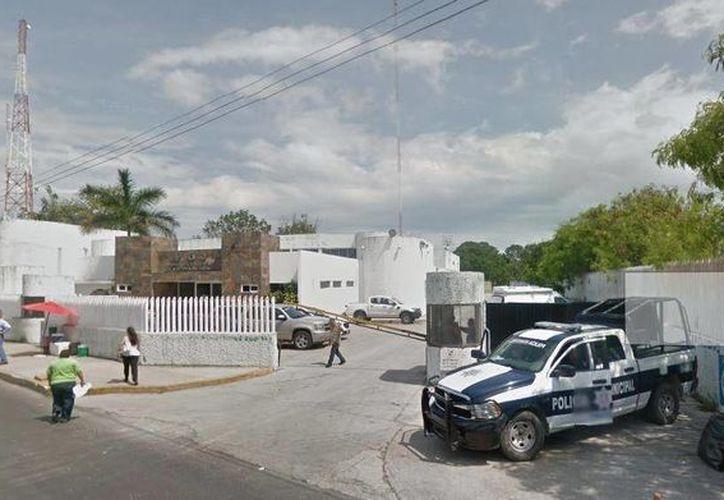 El personal de la Fiscalía General del Estado (FGE) tomó conocimiento del fallecimiento por muerte violenta. (Foto: Redacción/SIPSE)