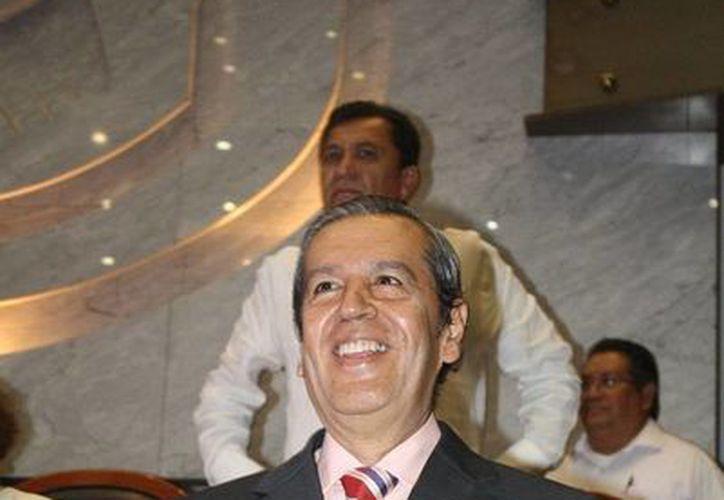 El gobernador interino de Guerrero, Rogelio Ortega, hizo un llamado a los captores de los estudiantes normalistas para que los liberen cuanto antes. (Notimex)