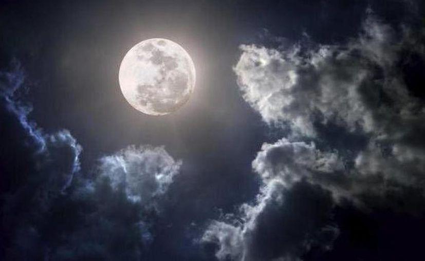La superluna es un fenómeno que se produce cuando una luna llena alcanza su perigeo. (Archivo/Sipse)