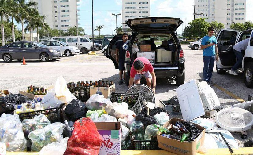 Los desperdicios sólidos se recibirán en los tres centros de acopio de Cancún. (Redacción/SIPSE)