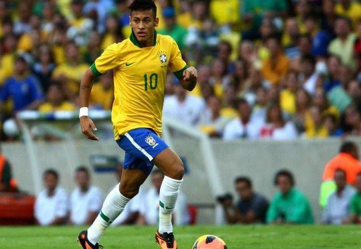 Los reflectores en el torneo de futbol en Río 2016 estarán claramente puestos sobre Neymar, quien busca la revancha para Brasil tras quedar con medalla de plata en Londres 2012. (AP)