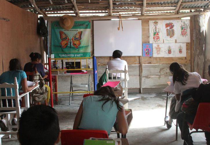 El 80 % de los niños que estudian en la escuela son de la misma colonia, y un 20 %, vienen de otras colonias de Chetumal. (Joel Zamora/SIPSE)