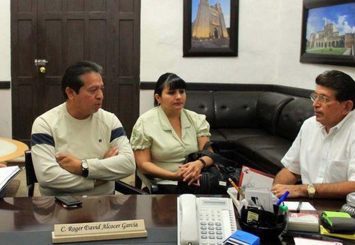 Autoridades estatales y de Valladolid detallan la jornada que se realizará en la Cámara de Comercio. (Milenio Novedades)